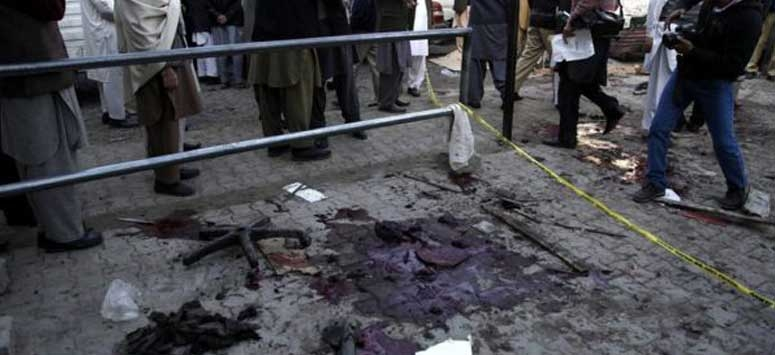 Pakistan once again tremor by suicide attack